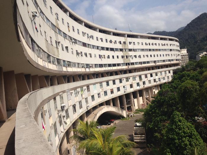 """Conjunto habitacional Marquês de São Vicente, o """"Minhocão"""""""