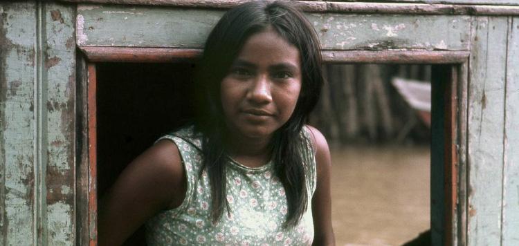 Cena de Iracema, uma transa amazônica (Brasil e Alemanha, 1974), de Jorge Bodanzky e Orlando Senna