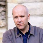 Inventar tudo - quatro perguntas a Richard Flanagan